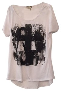 Kirra T Shirt Black and White