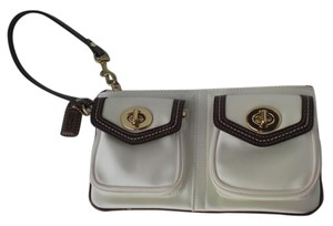 Coach Double Pocket Wristlet in Ivory