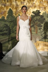Anne Barge Astere 4149 Never Worn Veil And Belt Included Wedding Dress