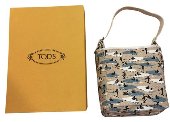 Preload https://item3.tradesy.com/images/tod-s-tote-1687887-0-0.jpg?width=440&height=440