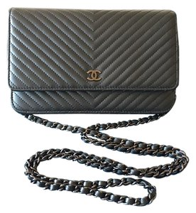 Chanel Chanel So Black Chevron WOC