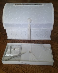 Lillian Rose White Embroidered Guest Book Signing Pen and Card Box