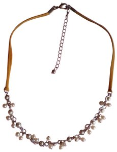 Silvertone w/faux pearls necklace