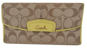 Coach ASHLEY SIGNATURE C YELLOW WALLET