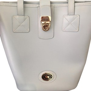 Dooney & Bourke Bucket Style Tote Tote