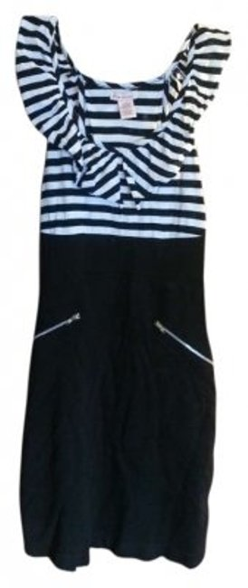 Preload https://item1.tradesy.com/images/fire-black-and-white-above-knee-short-casual-dress-size-4-s-168890-0-0.jpg?width=400&height=650