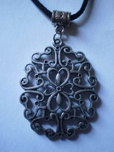 Handmade New gunmetal scroll necklace