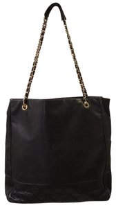 Chanel Vintage Lambskin Leather Tote in Black