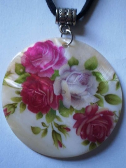 Preload https://item4.tradesy.com/images/new-roses-on-mother-of-pearl-necklace-168898-0-0.jpg?width=440&height=440