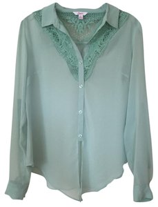Candie's Button Down Shirt Seafoam green