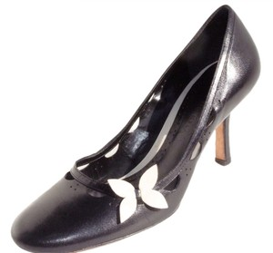 Antonio Melani Black w/butterfly accent Pumps