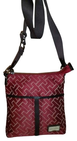 Preload https://item4.tradesy.com/images/tommy-hilfiger-burgundy-canvas-and-leather-cross-body-bag-1689303-0-0.jpg?width=440&height=440