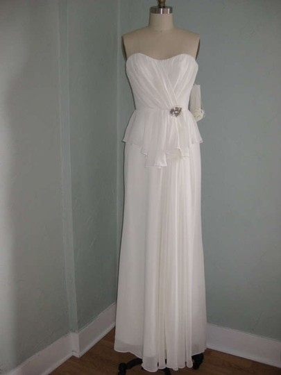 Jim Hjelm Occasions Ivory Chiffon White Special Modern Wedding Dress Size 4 (S)
