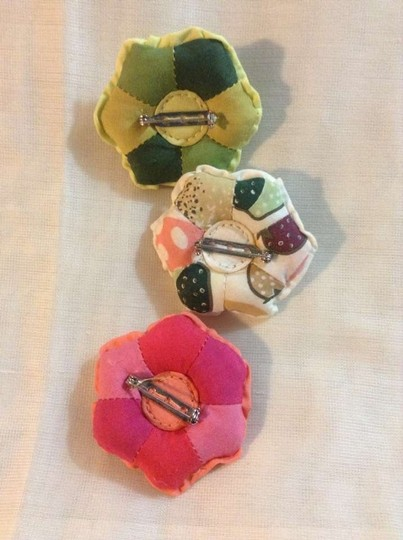 Gap Quilted flower pins