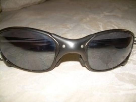 Oakley juliet black sunglasses