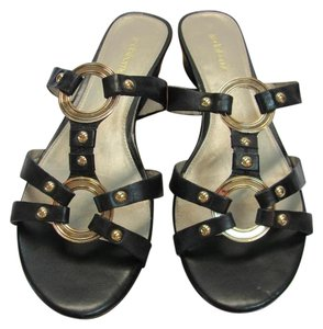Liz Claiborne Size 9.00 M Gold Hardware Very Good Condition Black, Gold, Sandals