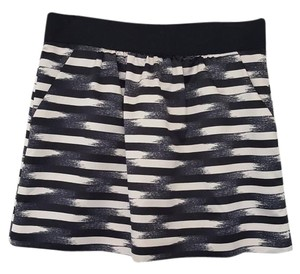 Gap Silk Stripes Mini Skirt black blue white