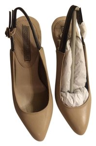Banana Republic Nude Pumps