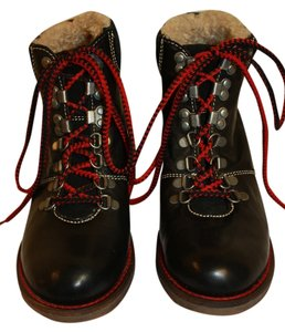 Steve Madden Hiking Ankle Red Laces Wool Lining Comfortable Edgy Unique Rare Black Boots