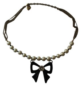 Betsey Johnson Betsey Johnson Gold/Black Bow and Pearl Necklace