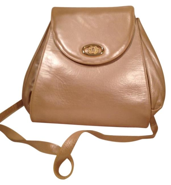 Item - Leather Handbag - Made In Spain Cream Shoulder Bag
