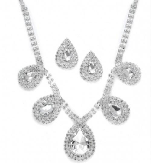Mariell Necklace And Earring Set