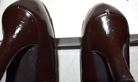 Chinese Laundry Heels Round Toe Faux Leather Bow Brown Pumps