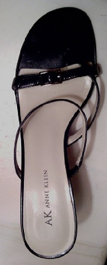 AK Anne Klein Leather Like New Free Shipping Black Sandals