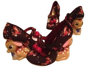 Irregular Choice Characture London Uk Deer Black Wedges