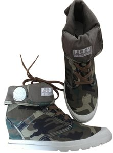 Palladium Camouflage Athletic