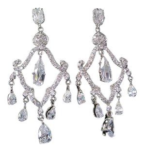 Giavan Giavan-T545E-CZ (E-25) Chandelier Earrings with Vintage Style