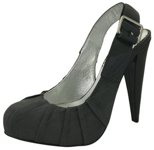 Report Signature Gray Platforms