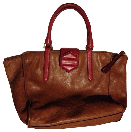 Preload https://item5.tradesy.com/images/marc-by-marc-jacobs-brown-flipping-out-colorblocked-cinnamon-tote-1690679-0-0.jpg?width=440&height=440