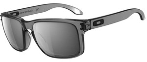 Oakley Oakley OO9102-24 Holbrook Sunglasses Grey Smoke Black Iridium Lens