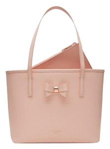 Ted Baker 505431557053 Tote in Peach