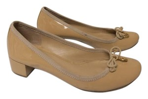 Tory Burch Designer Patent Leather tan Pumps