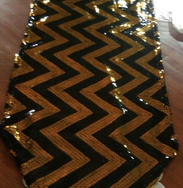 Item - Black and Gold Each For 5 Chevron Design Sequin Table Runners Tablecloth
