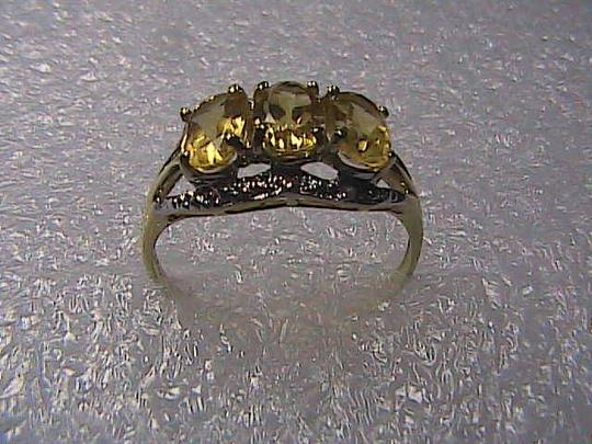 Unknown 10k 1.5 cts Yellow Gold Citrine & Diamond Ring size 7.25