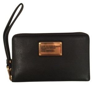 Marc by Marc Jacobs 'Classic Q' Small Zipper Wallet