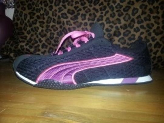 Puma Black & Pink Athletic