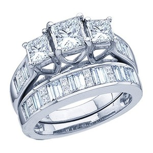 Luxury Designer 14k White Gold 1.00 Cttw Diamond Engagement Ring Fashion Bridal Set
