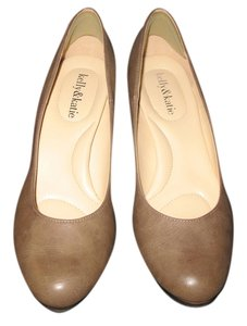 Kelly & Kate TAUPE Pumps