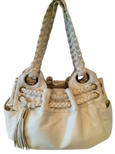 cb34b7ad391f Michael Kors White Bags - Up to 70% off at Tradesy