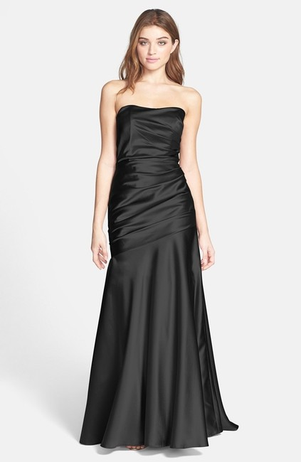 Item - Black Collection Ruche Strapless Formal Wedding Dress Size 10 (M)
