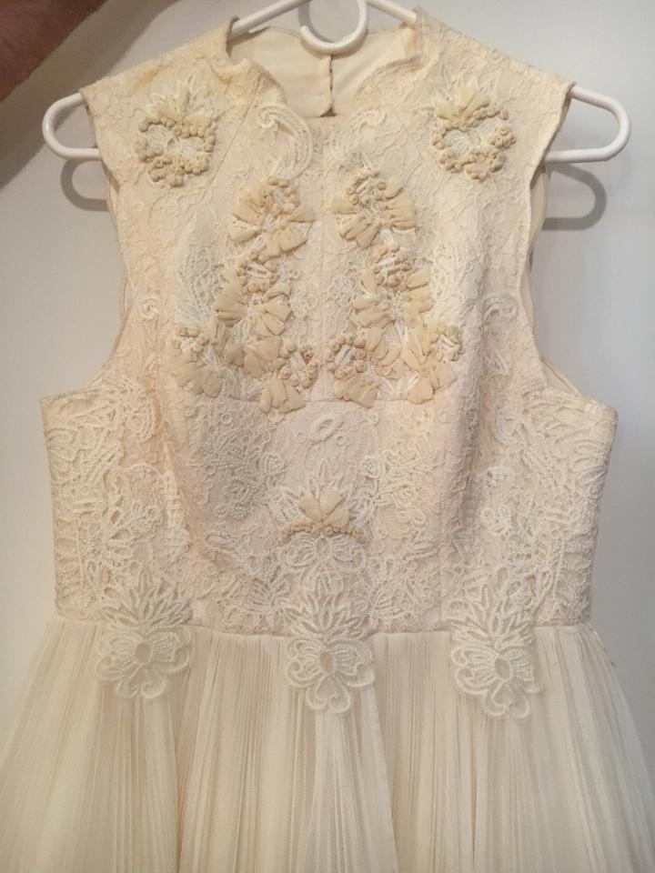 26b1cfc9494a3 Ted Baker Ivory  Cream Lace Embroidery Tulle Underlay Telago Vintage ...