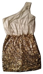 City Triangles Sequin Gold White Dress