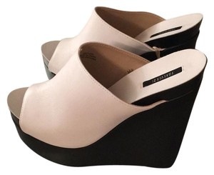 Forever 21 White/Black Mules