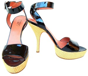 ALAA Patent Leather Ankle Strap Raffia Alaia Black Platforms