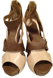 Qupid Taupe and Beige Pumps