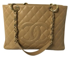 Chanel Gst Caviar Grande Gst Caviar Shoulder Bag